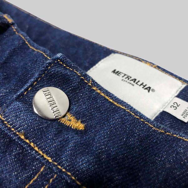 metralha-worldwide-blue-jeans-reflective-detail-online-store
