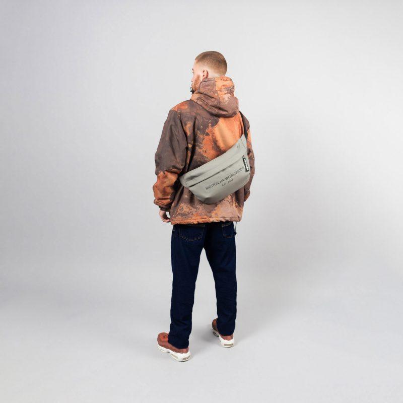 metralha-worldwide-e-commerce-photo-large-bum-bag-grey-waterproof-online-store-side-view