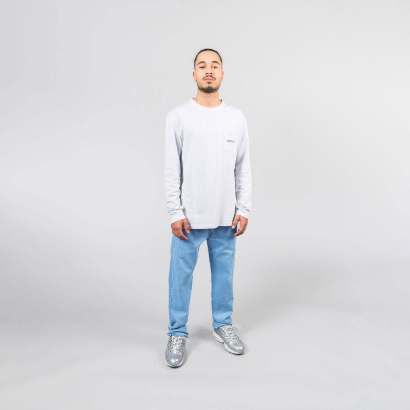 metralha-worldwide-long-sleeve-grey-e-commerce-online-store-front-view-aw20